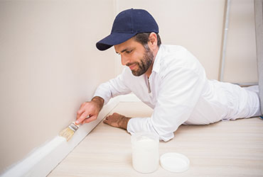 Guide to Fitting a Skirting Board